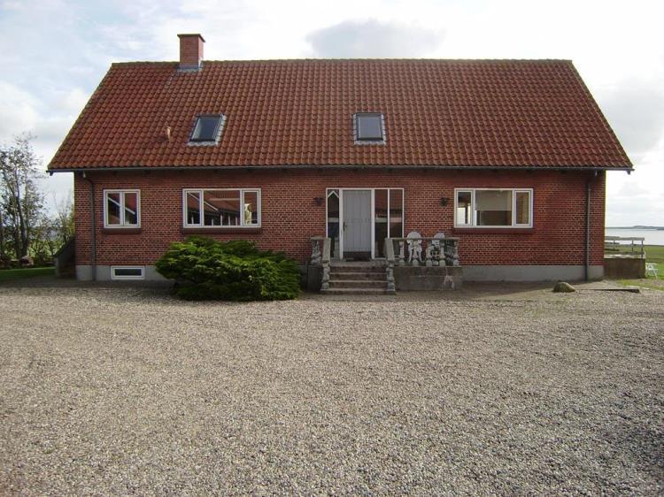 070, Næsørevej 19, Neessund, Karby